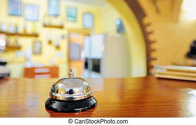hotel służba dzwon