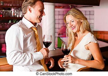 hotel, schäkerei, bar, businesspeople, beiläufig