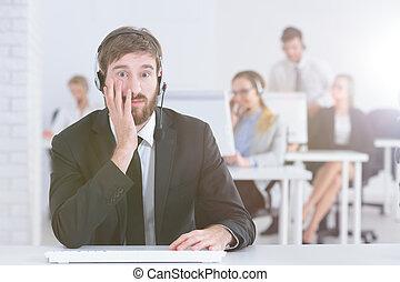 Hotline agent at work
