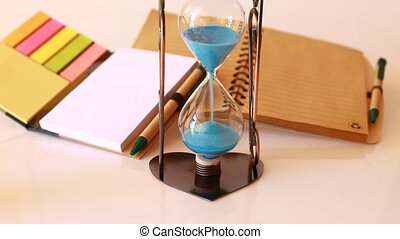 hourglass - hour glass and education