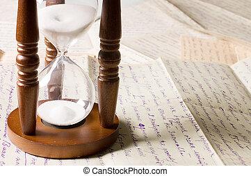 hourglass, op, oud, brieven