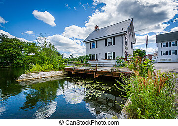 House along the Winnipesaukee River, in Laconia, New ...