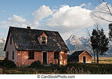 House and Grand Teton Mountain