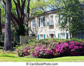 House in azalea tour, East, Texas