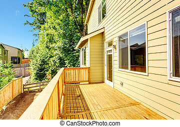 House with walkout deck