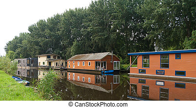 houseboats in canal - luxury houseboats in a canal in Zwolle...