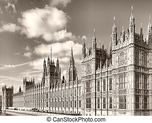 Houses of Parliament, Westminster Palace, London gothic ...