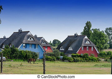 Houses on the Fischland-Dar? with a thatched roof