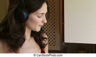 Housewife headphones
