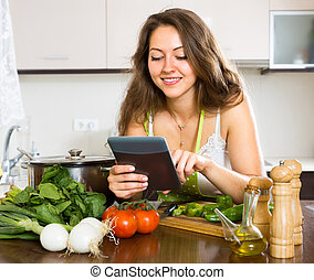 Housewife looking for online recipe