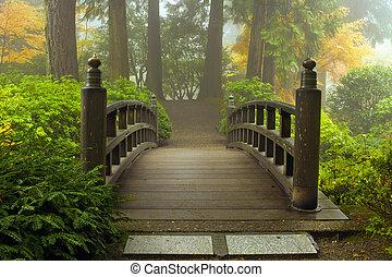 houten brug, op, japanse tuin, in, herfst