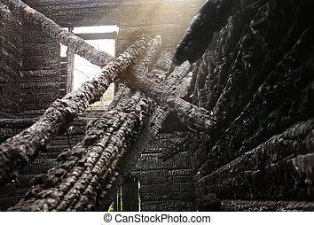 houten huis, burned-down