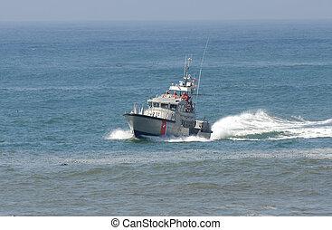 hozzánk part fegyőr, csónakázik, alatt, kiszabadítás küldetés