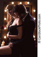 hozzásimulás, romantikus összekapcsol