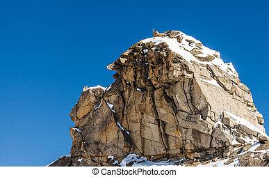 Huge boulder and blue sky - Photo of a huge boulder and blue...