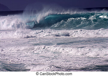 Huge Wave IV