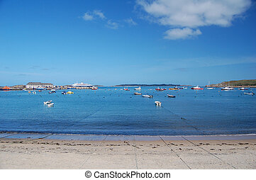 Hugh Town Bay - view across the bay from Hugh Town, Isles of...