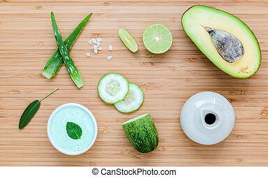 huid, komkommer, natuurlijke , schrob, lichaam, zelfgemaakt, op, vera, avocado, houten, ingredienten, set, honing, care, achtergrond.