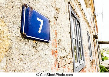huisnummer, 7
