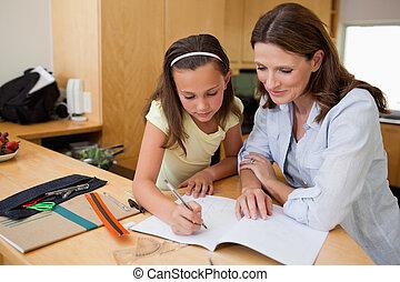 huiswerk, meisje, haar, moeder