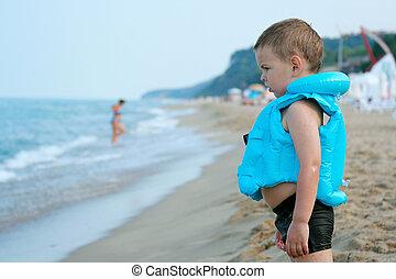 hullámtörés, fiú, tengerpart., előérzet