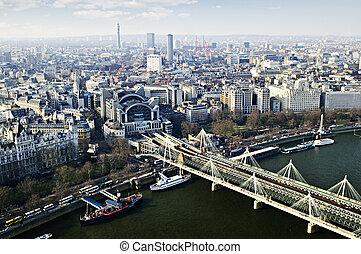 Hungerford Bridge seen from London Eye - Hungerford bridge...