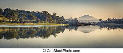 huong, xuan, panorama, lac, dalat, vietnam.