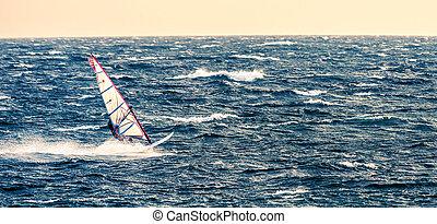 huragan, windsurfing