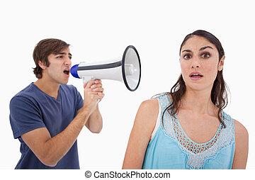 hurlement, elle, par, petite amie, porte voix, homme