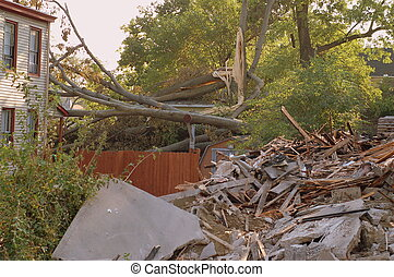 hurricane wind damage in Cincinnati neighborhood 2008