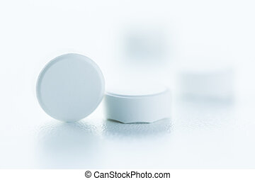 hvid, pillerne