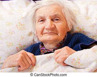 hviler, enlige, kvinde, seng, gammelagtig