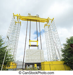 hydraulic lift - large industrial hydraulic gantry lift for...
