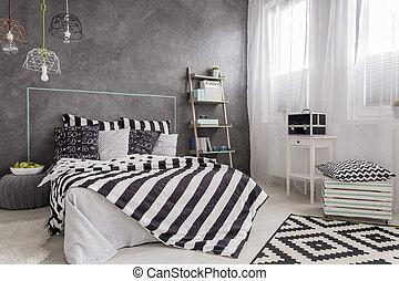 Stilfuld, dobbel seng, soveværelse. Vid, mur, dobbelt,... stock ...