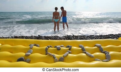 i사랑 너, 비문, 에서, 돌, 에서, 바닷가, 남자, 와, 여자, 에서, 바다, 에서, 배경