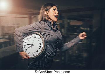 I Am Late!