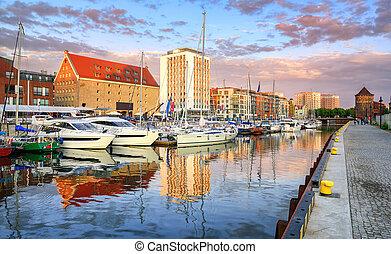 iates, em, cidade velha, porto, de, gdansk, polônia