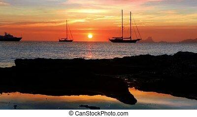 ibiza, 바다, 일몰, 보이는 상태, 에서, 해안