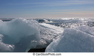 Ice chunks from the Jokulsarlon glacial lagoon - Chunks of...