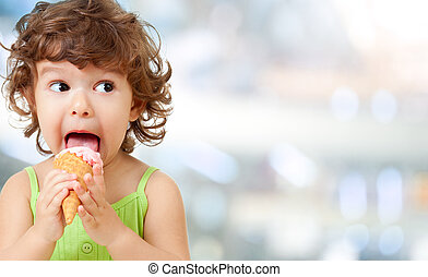 ice cream eating by kid