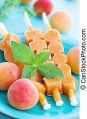 ice cream with apricot