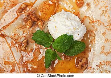 Ice cream with honey