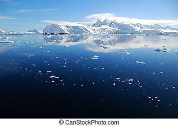 ice in the ocean in antarctica