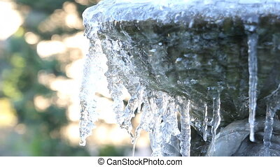 Ice Melting from a Frozen Fountain