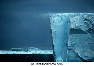 Ice shelf edge with snow drift - The Antarctic ice shelf...