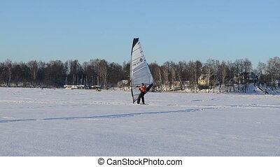 ice surfer catch wind