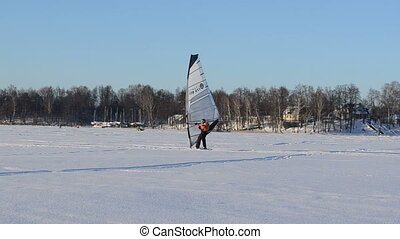 ice surfer catch wind