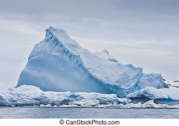 iceberg, enorme