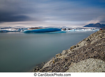 Icebergs floating in jokulsarlon, ultra long exposure
