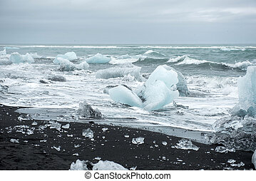 Icebergs on Diamond beach, Jokulsarlon, Iceland